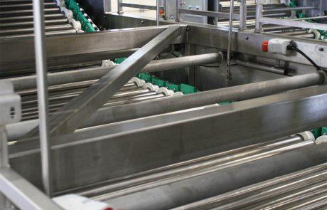 Radial grader R 150 rollers